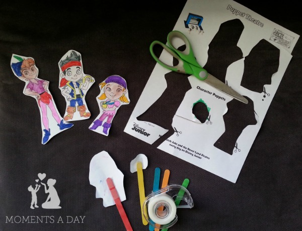 How to make DIY stick puppets