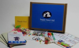 Hands on character kits for kids