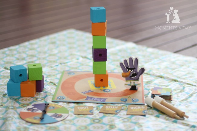 Cooperative board game for kids from Peaceable Kingdom called Stack Up