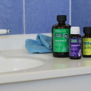 How to Use Essential Oils to Create a Happier Home + Giveaway!
