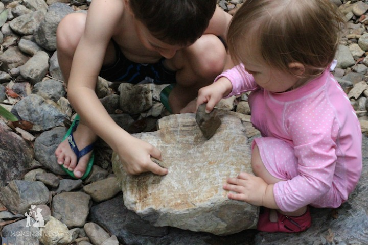 Tips on making time for a toddler and encouraging positive sibling relationships